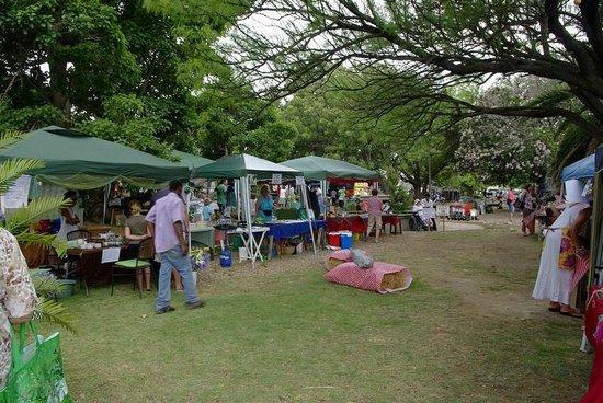 montagu-village-market